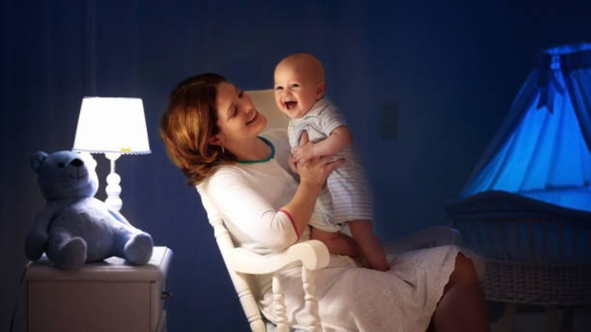 Descubre porqué puede ser bueno cantar canciones de cuna al bebé