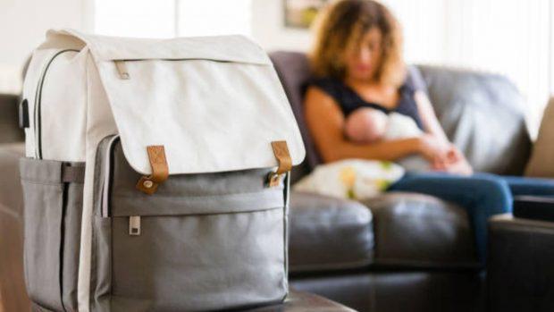 Cosas imprescindibles que debes llevar en el bolso del carrito de tu bebé