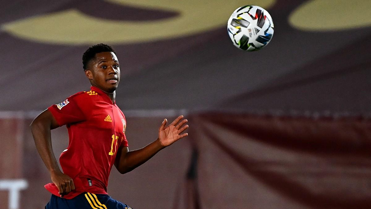 Ansu Fati, en un partido de España. (AFP)