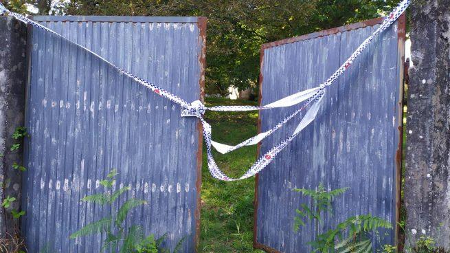 Portal de la vivienda de Teo (A Coruña) donde ocurrió el asesinato de Asunta Basterra en septiembre de 2013.