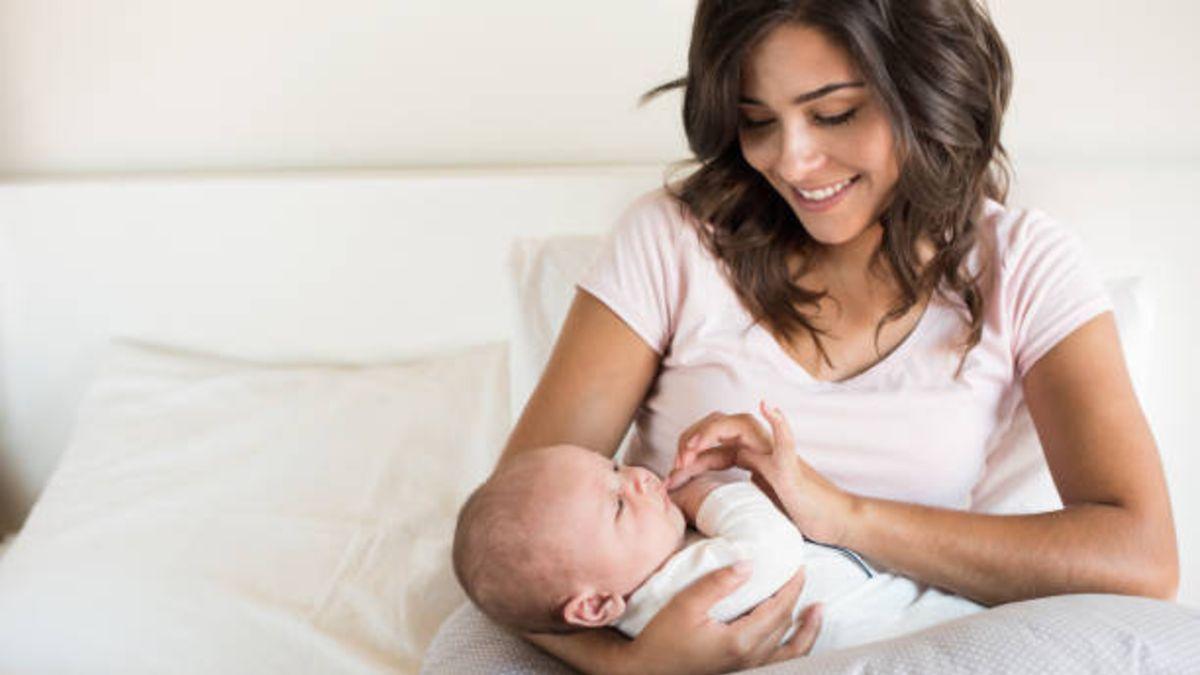 Qué es la hormona prolactina que provoca el aumento de la leche en la lactancia
