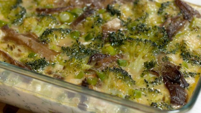 Pastel salado de brócoli con sésamo