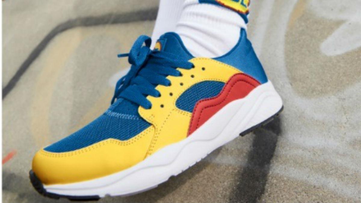Zapatillas con los colores corporativos de Lidl