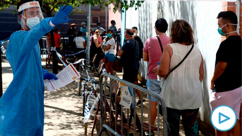 Cataluña estudia cerrar bares y restaurantes hasta final de mes