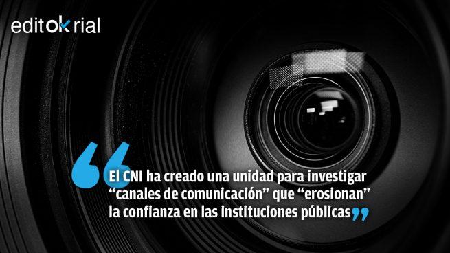 Sánchez ya tiene su «Stasi»: tras los jueces, los periodistas