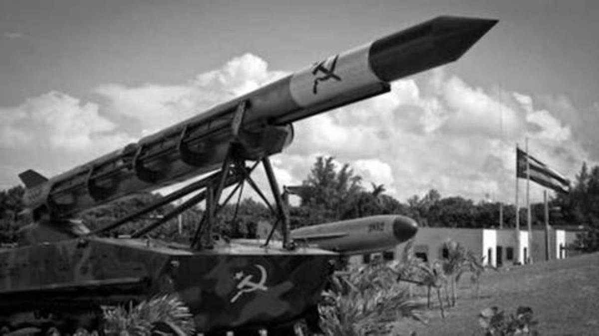 El 22 de octubre de 1962 comienza la Crisis de los misiles de Cuba