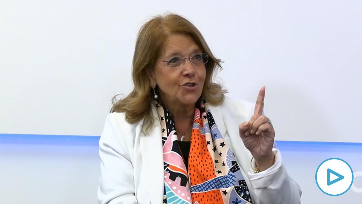 Elvira Rodríguez (PP): «Vamos encaminados a un rescate de libro y a la griega»