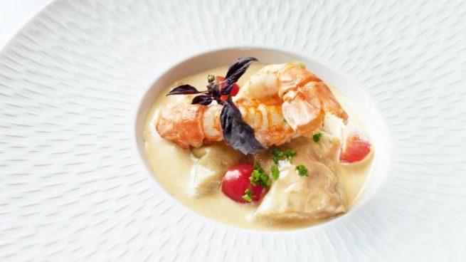 Receta de langosta con salsa de yogur y albahaca