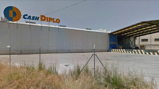 Covalco y operadores regionales se interesan por la división mayorista de Supersol tras borrarse Makro