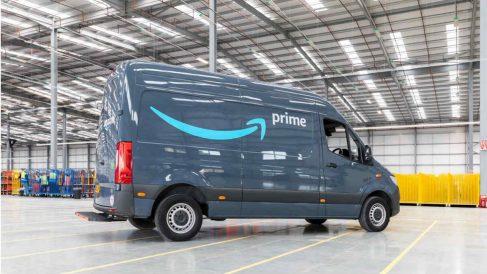 Furgoneta de reparto de Amazon