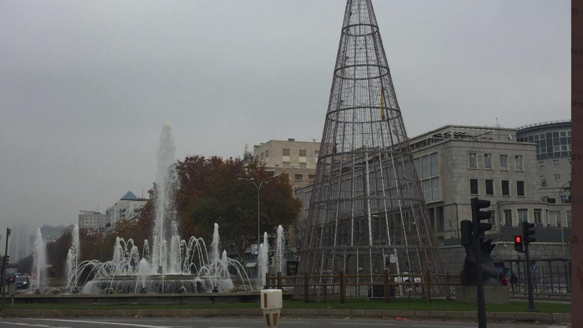 Almeida coloca ya las luces de Navidad: repite presupuesto para impulsar el consumo y promete sorpresas