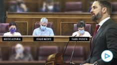 Santiago Abascal lee en el Congreso los nombres de las más de 800 víctimas de ETA.