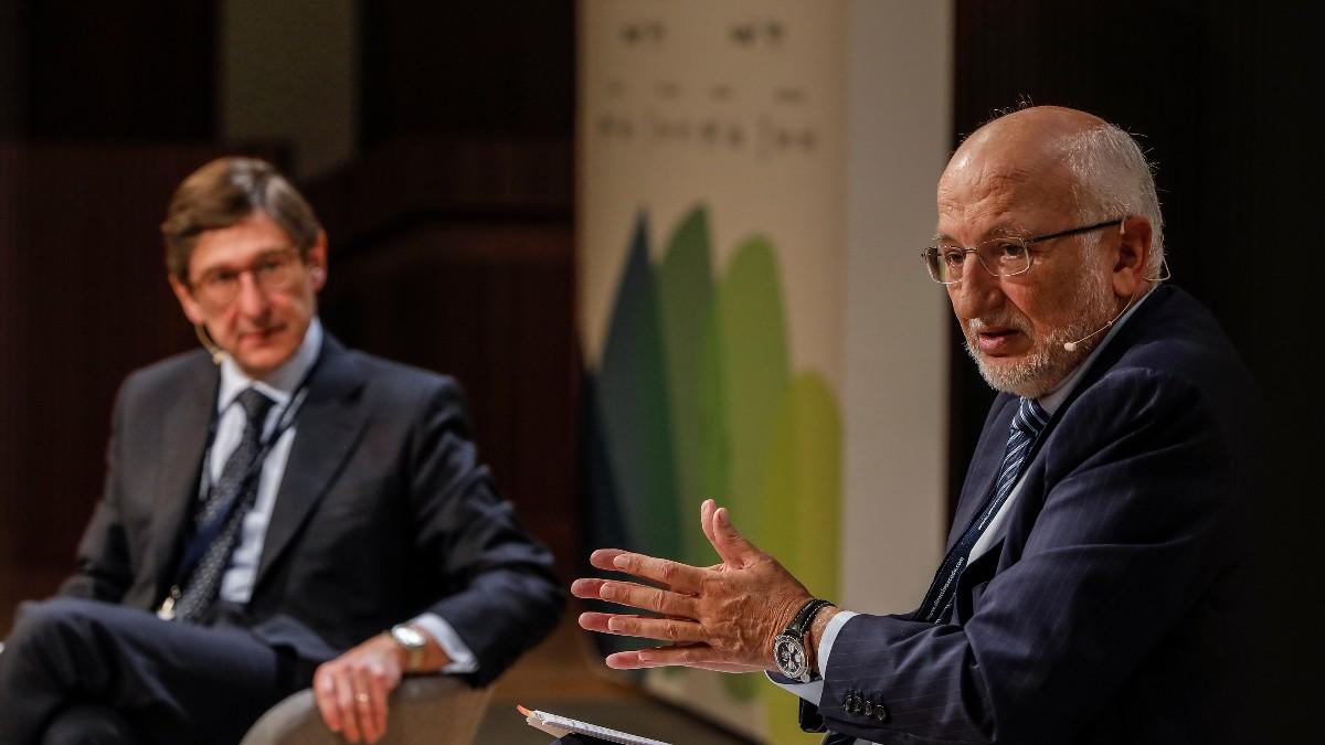 El presidente de BFA y Bankia, José Ignacio Goirigolzarri, y el presidente de Mercadona, Juan Roig, durante su participación en el XIX Congreso de Directivos CEDE