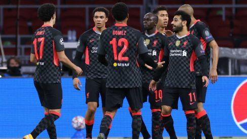 Los futbolistas del Liverpool celebran su gol ante el Ajax. (AFP)