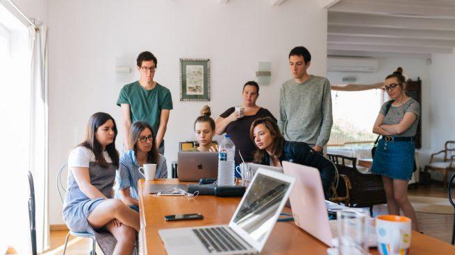 Granada reporta a la Agencia Tributaria 600 casos de fiestas en pisos de estudiantes