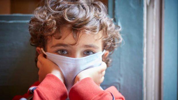 Un estudio revela que los niños asintomáticos tienen niveles bajos de Coronavirus en comparación con aquellos que tienen síntomas