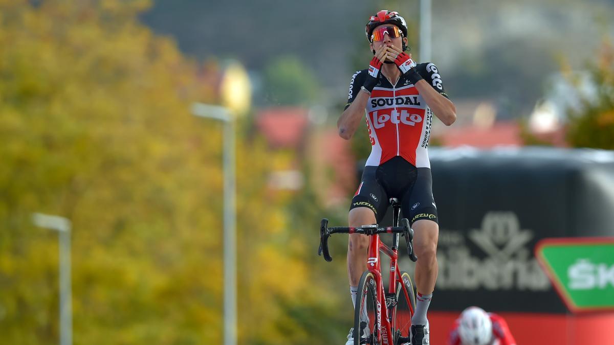 Tim Wellens gana la etapa número 5 de La Vuelta. (AFP)