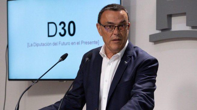 El líder del PSOE de Huelva, denunciado por violencia de género por una ex militante: «Soy inocente»