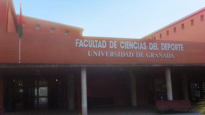 Cómo pueden justificar sus desplazamientos los estudiantes de la Universidad de Granada