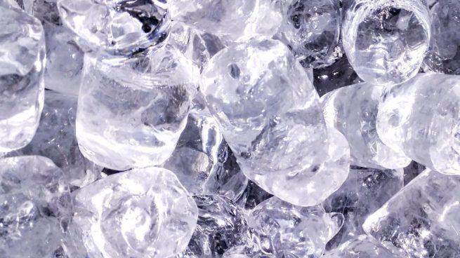Aplicando hielo