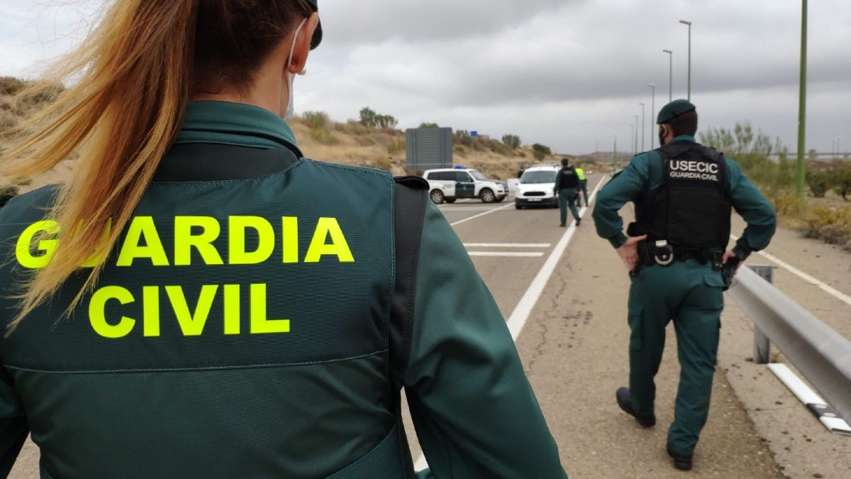 Control de la Guardia Civil para cumplimiento del confinamiento perimetral (Foto: EP).
