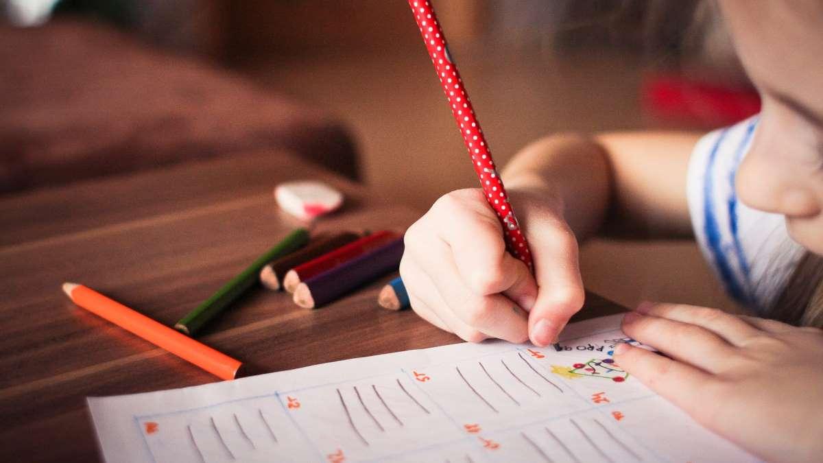 Los niños deben asumir la responsabilidad de los deberes desde muy pequeños