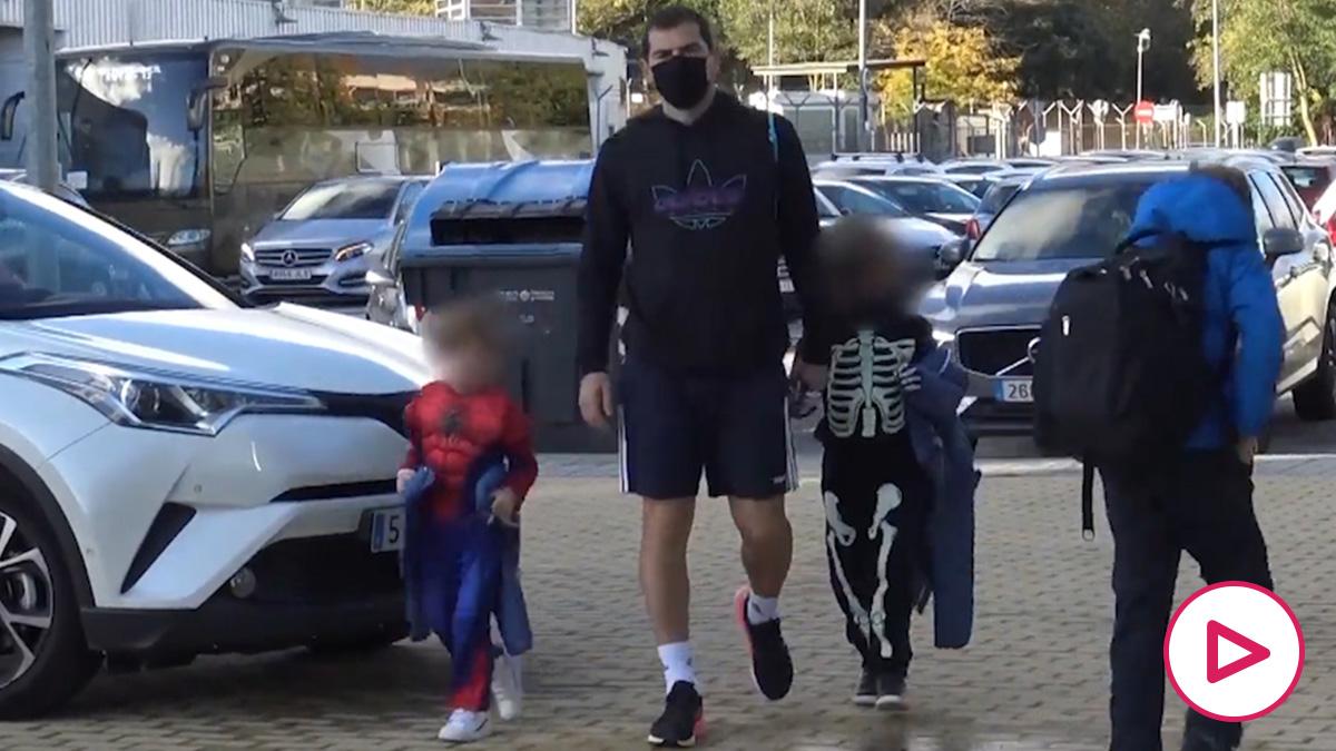 Iker Casillas y sus hijos