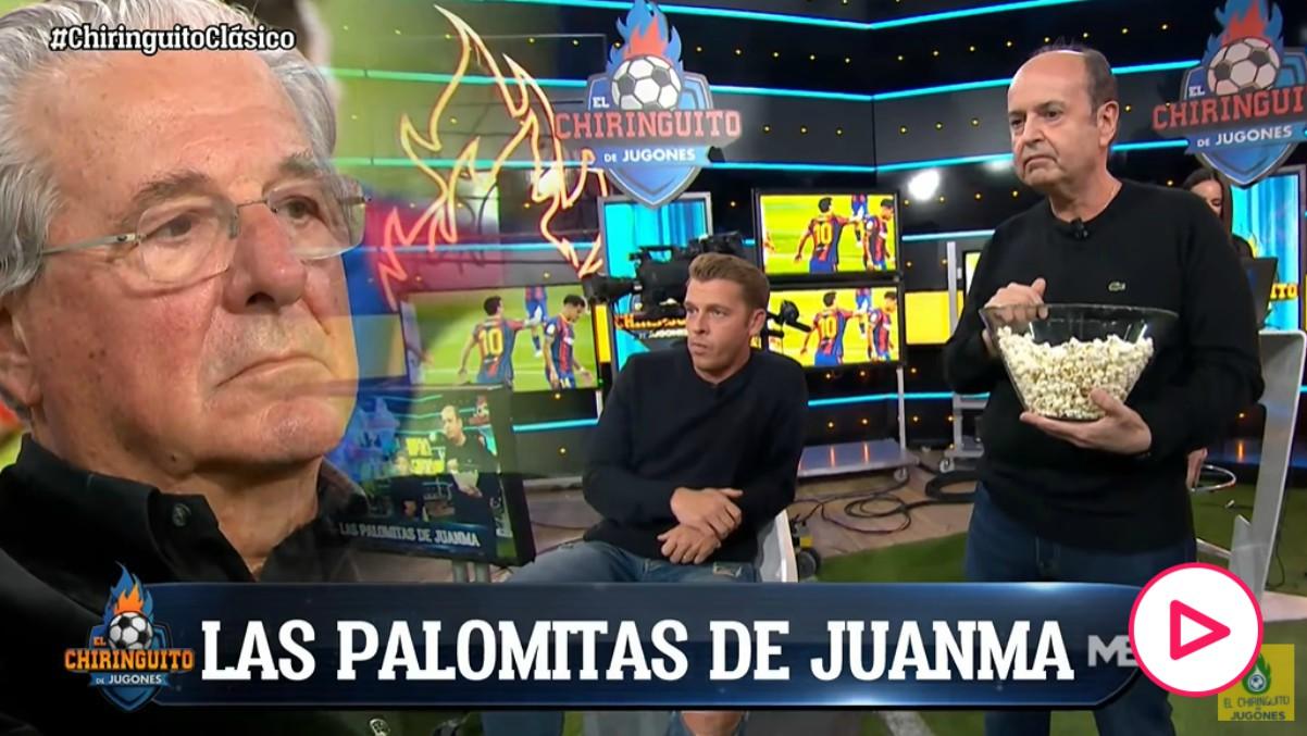 Juanma Rodríguez comiendo palomitas en 'El Chiringuito'.
