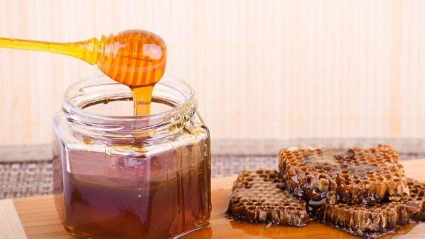 Receta de galletas de tahini y miel