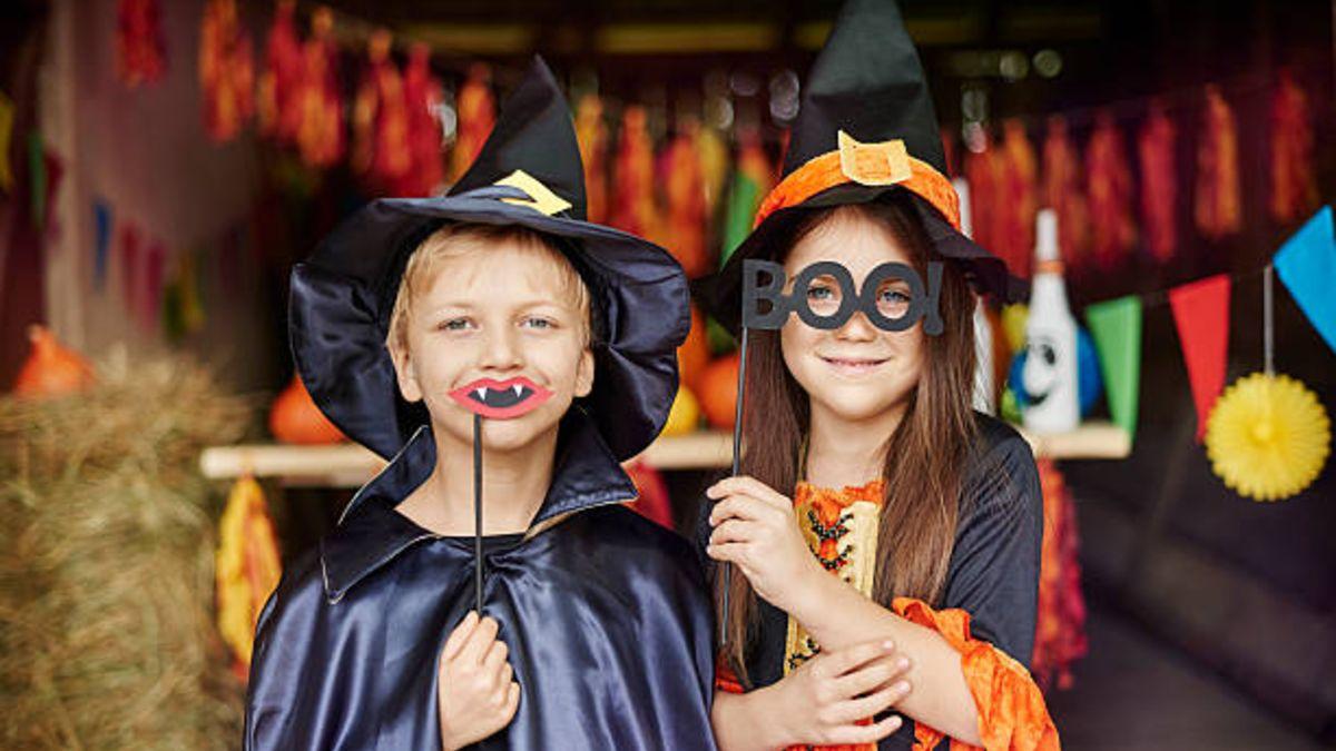 Cómo podemos hacer disfraces de Halloween para los niños con elementos reciclados