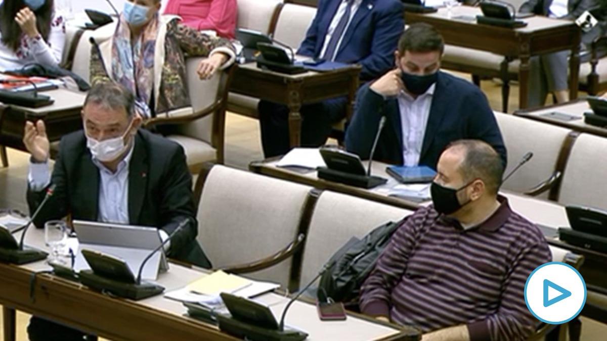 El diputado de Unidas Podemos Enrique Santiago califica de «insultante» que Vox llame «Marqués de Galapagar» a Pablo Iglesias.