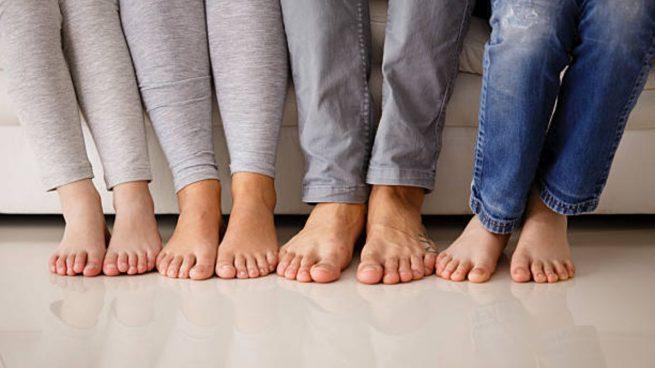 quitarse zapatos niños