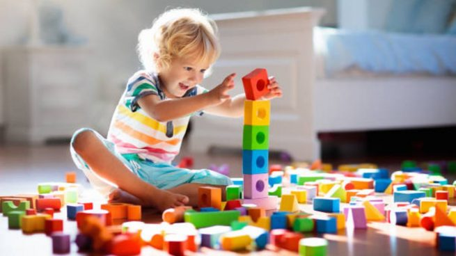 elegir juguetes seguros y adecuados