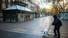 Imagen de archivo de las Ramblas de Barcelona en pleno estado de alarma por el coronavirus. (Foto: Efe)