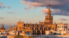Sevilla, capital de Andalucía