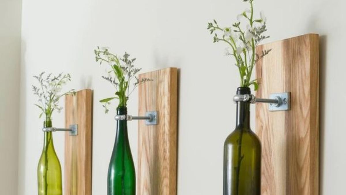 Pasos para hacer maceteros con botellas de vino recicladas
