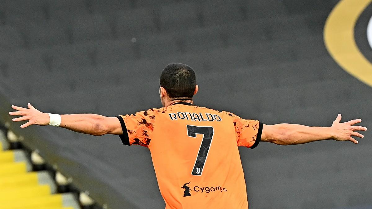 Cristiano Ronaldo celebra su gol con la Juventus. (AFP)