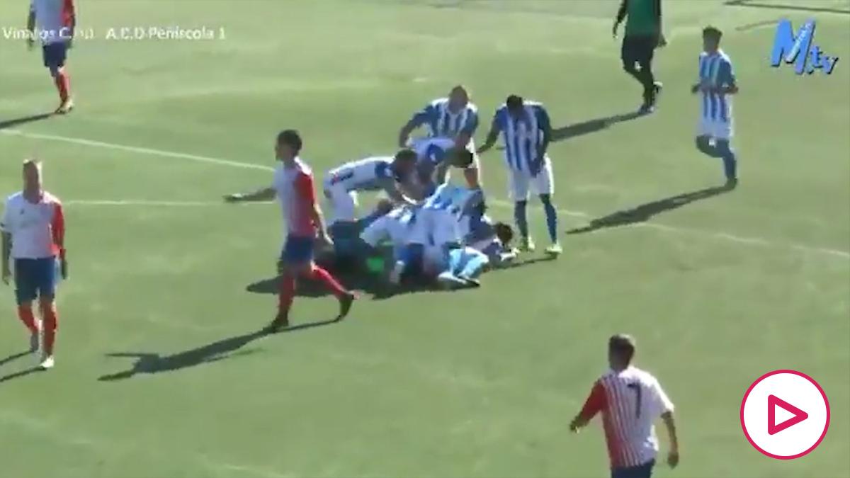 Increíble final de partido entre el Vinaròs CF y el Peñíscola