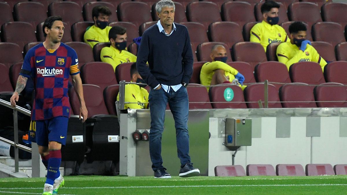Messi y Setién en un partido de la pasada temporada en Liga (AFP)