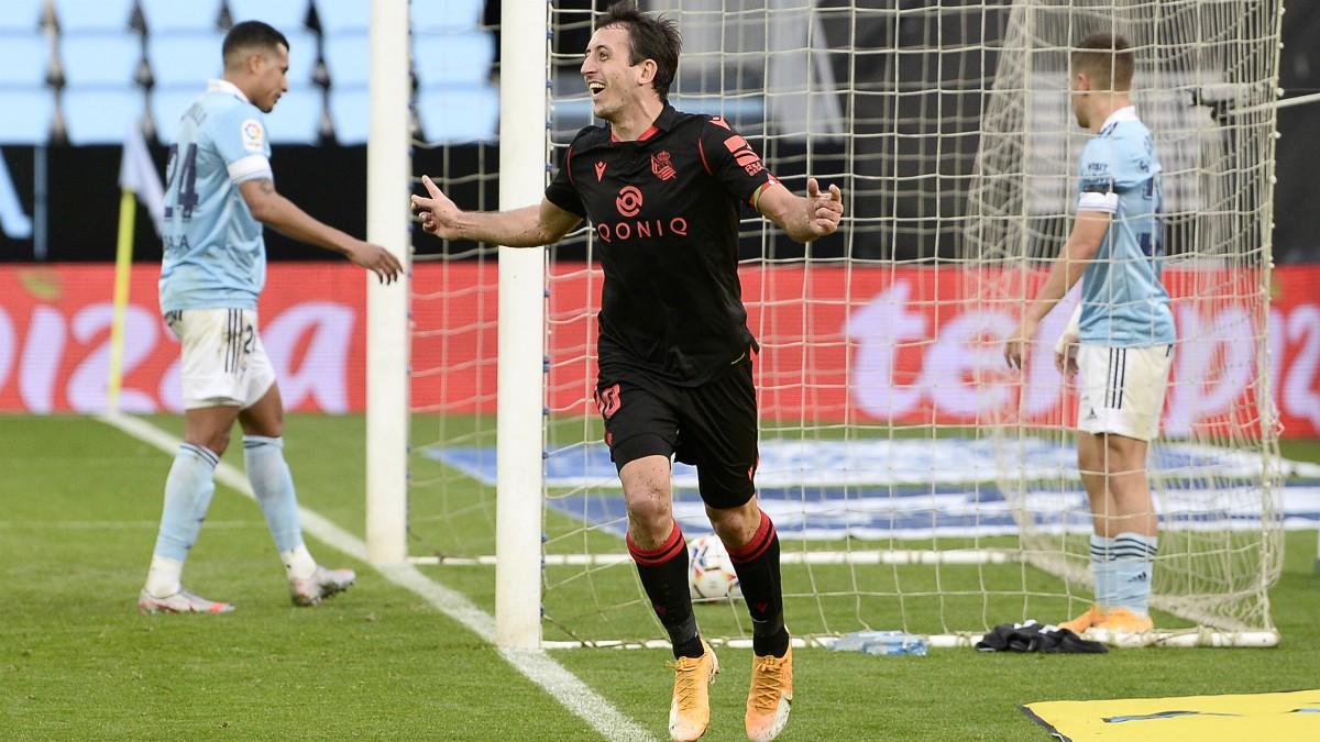 Oyarzabal celebra un gol con la Real Sociedad. (Getty)