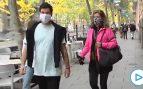 Rosalía Iglesias, mujer de Bárcenas, pasea por Madrid a la espera de entrar en prisión