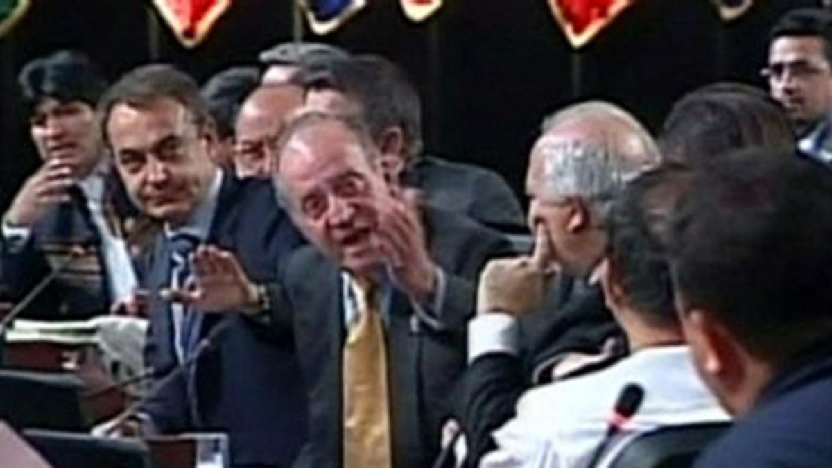 El 10 de noviembre de 2007 se produjo el encontronazo del Rey Juan Carlos I y Hugo Chávez