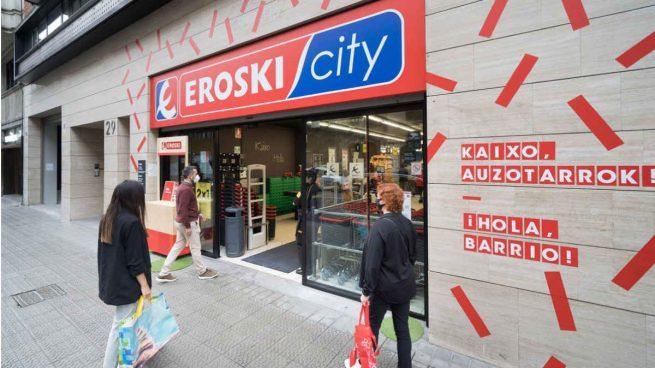 Eroski pierde 77 millones por extraordinarios en 2020 y mejora su resultado operativo un 30,2%