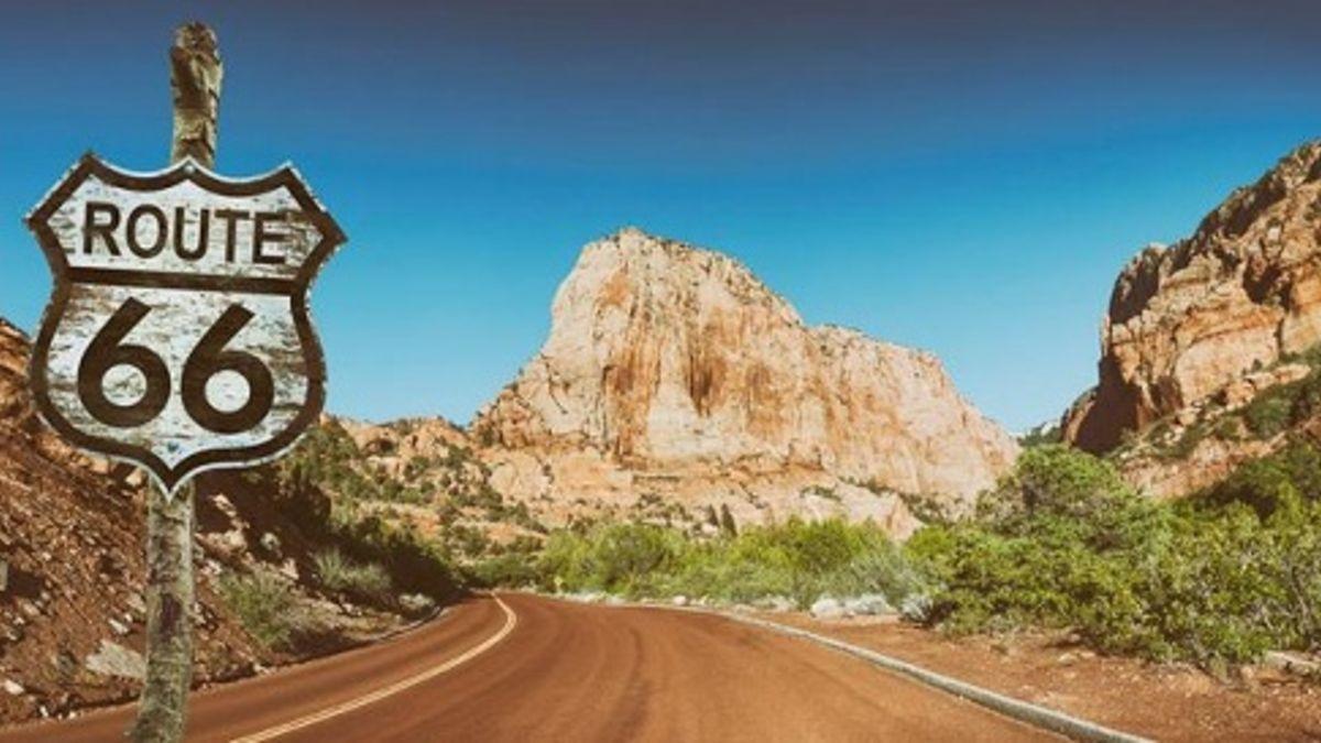 El 11 de noviembre de 1926 se establece la Ruta 66