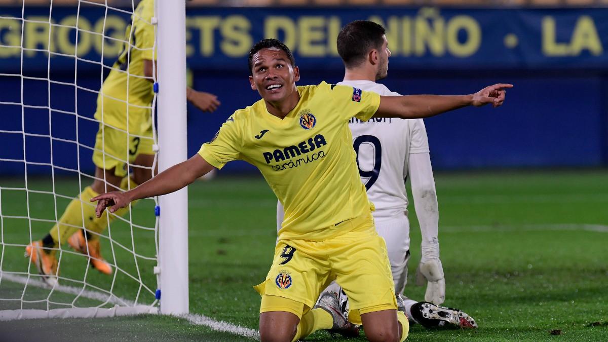 Bacca celebra uno de sus goles. (AFP)