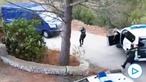 Espectacular persecución a tiros en Calpe.