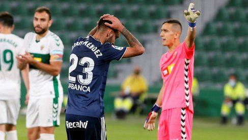 Brais Méndez se lamenta tras una ocasión en el Elche-Celta. (EFE)