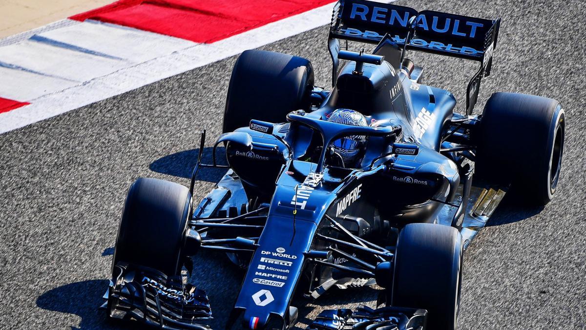 Fernando Alonso con el Renault en Baréin. (@alo_oficial)