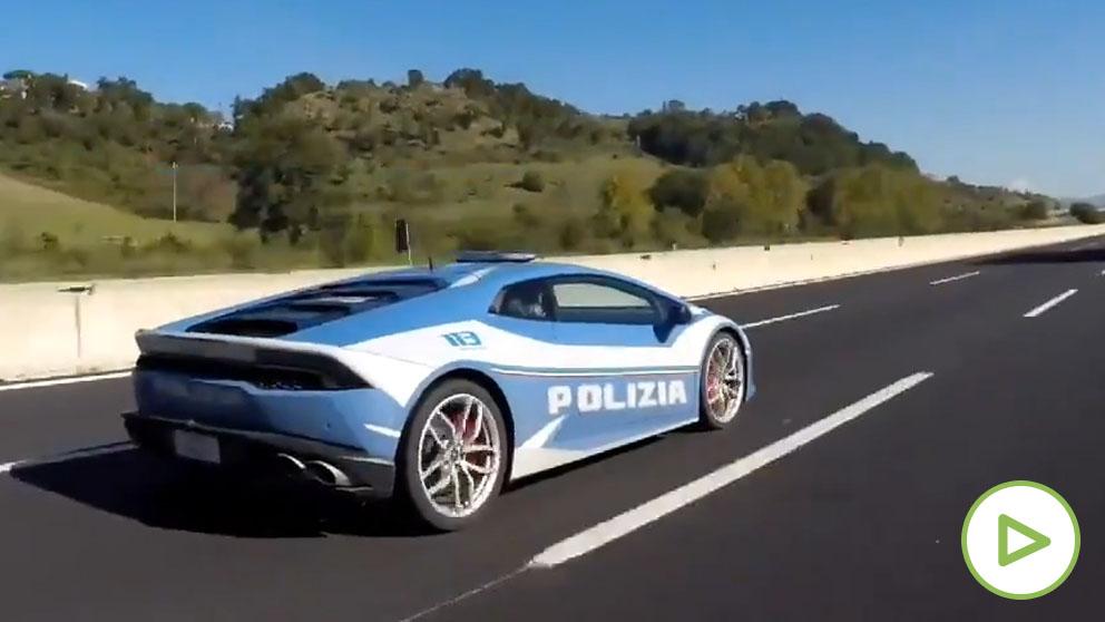 La Policía italiana salva una vida al transportar un riñón en un Lamborghini.