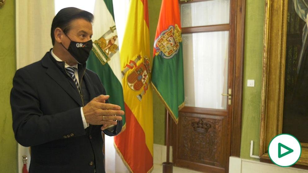 Álvaro Ojeda entrevista a Luis Salvador, alcalde de Granada.